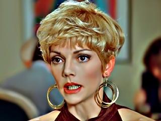 Beverly Leech actress